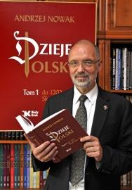 Prof. A. Nowak fot Adam Bujak C Bialy Kruk